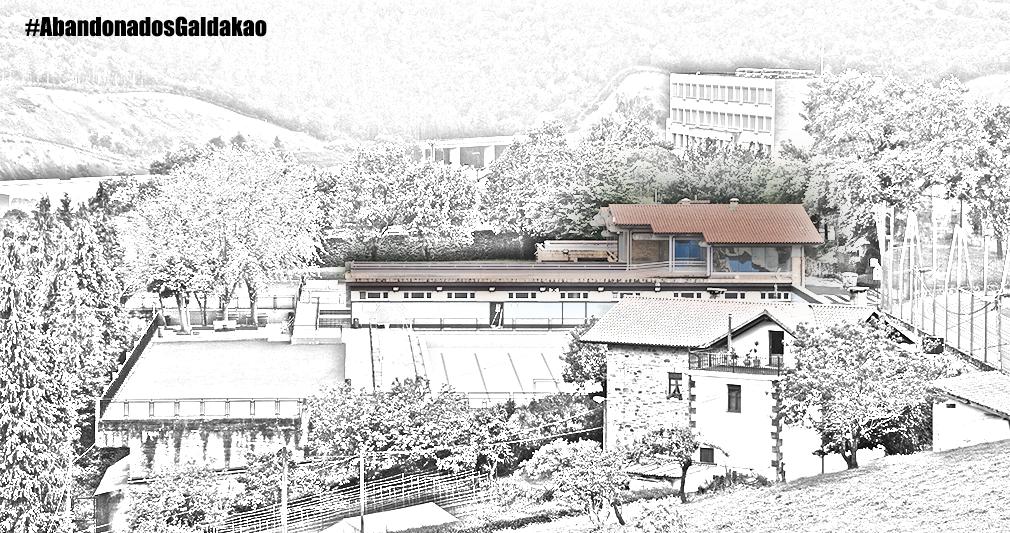 abandonados-galdakao-bar-piscinas