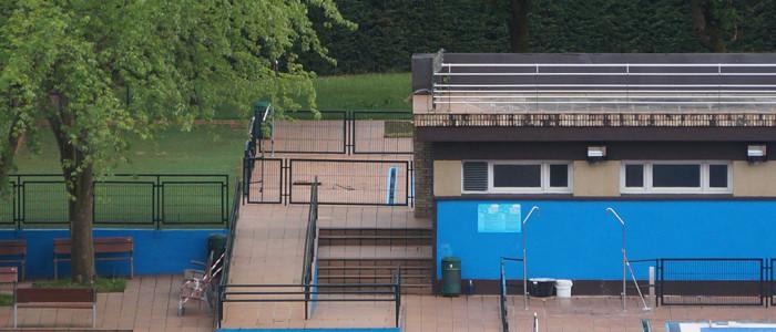 Zona sin rampa piscinas galdakao